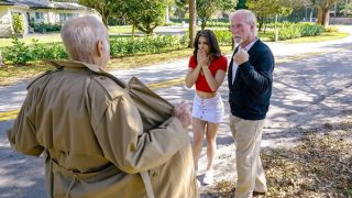 Sofie Reyez is hot and has sex with grandpa